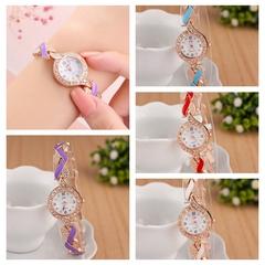 New Ladies Fashion Watch Trend Leaf Watch Chain Quartz Watches white one size