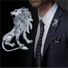 Fashion Men's Brooch Pin Zinc Alloy Rhinestone Lion Crystal with Golden Vintage Style Jewelry silver one size