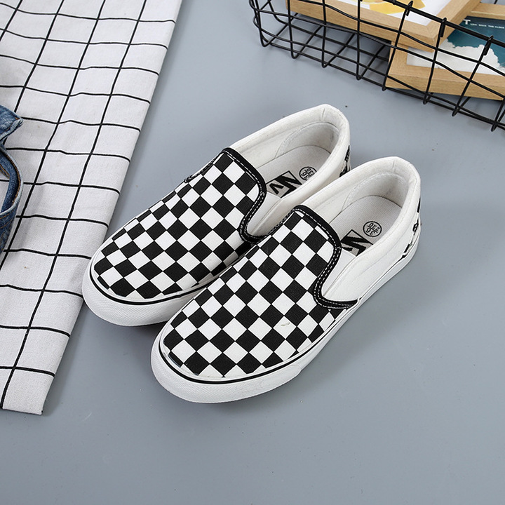 YEGO Chess board skateboard shoes for Men and Women couple shoes black and white 35