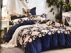 4 Pcs of Duvet Set ( 1 Duvet, 2 Pillow cases and 1 Bed-sheet ) multicolour 4*6