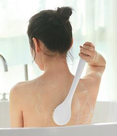 Japanese Beauty Skin Body Brush Long Handle Back Brush Spa Brush Dead Skin Remover Wash Back Rub white as picture