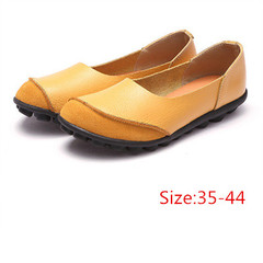 Low top cowhide bean shoes flat with mother shoes leisure large size women's shoes44 red 36