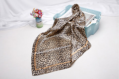 Lady 90cm New Arrival 2019 Big Size Women Leopard Print Silk Scarf Animal Shawls Wraps Scarves Brown