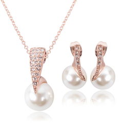 3 Pcs Women Jewelry Set New Trendy Women Necklace Earrings Crystal Droplets Pendant Imitation Pearl rose gold one size