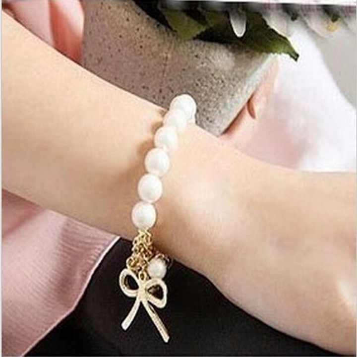 New Stylish Small Size Girl Bracelet Bowknot Design Unique Gift for Children Imitation Pearl gold and white one size