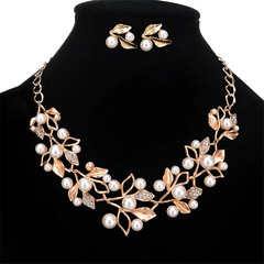 3 Pcs New Jewelry Sets Delicate Crystal Flower Necklaces Leaf Earrings Women Casual Accessories gold one size