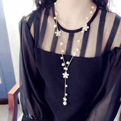 New Fashion Women Long Necklace Flower Rhinestone Women Jewelry Pearl Quality Ladies Accessories gold and white one size
