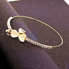 New Trendy Women Bracelet Elegant Gold Color Women Jewellery Flower Shaped Ladies Accessories gold one size