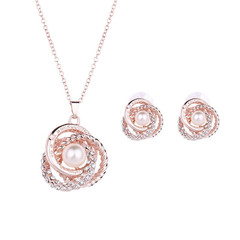 3 Pcs/Set Women Fashion Earrings Gorgeous Women Necklace Rhinestone Pendant Pearl Ladies Accessories gold and rose gold one size
