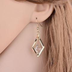 Luxury Women Earrings Shiny Crystal Women Jewellery Hollow Diamond Shape Stylish Ladies Accessories gold one size