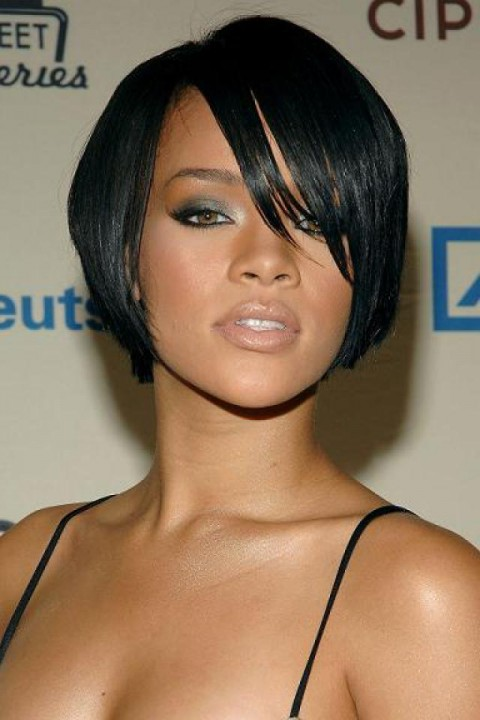 BOB Side Bangs Medium Straight Hair Wigs Heat Resistant Cosplay Black 29cm