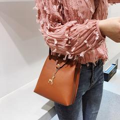 Fashion Crossbody Bag for Girls Women Leather Handbag Casual Shoulder Bag Designer Deer Bucket Bag Brown Normal