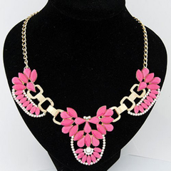 Cute Resin Rhinestone Flower Pendant Fluorescence Color Necklace
