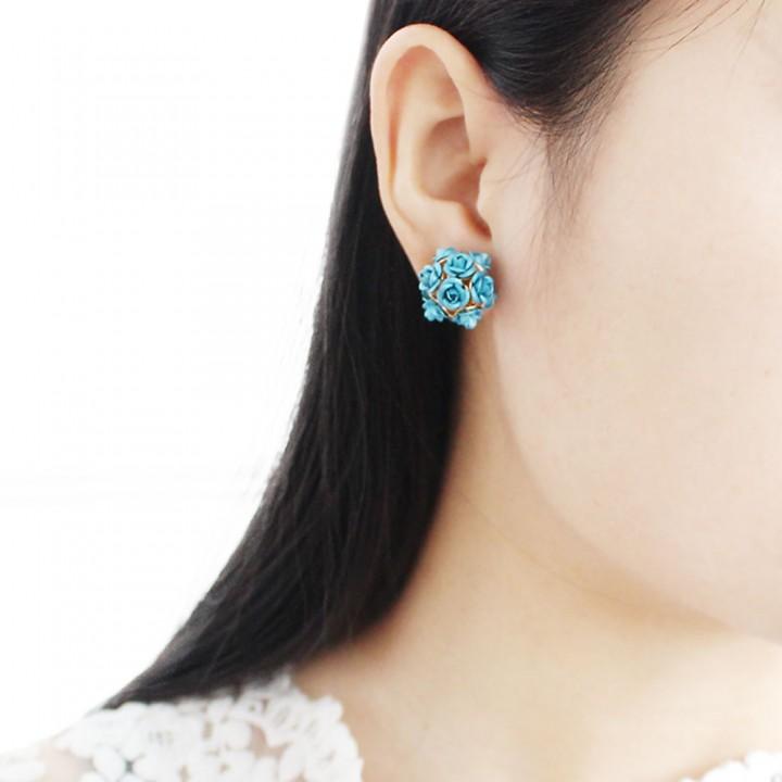 3D Rose Rhinestone Embellishment Hollow Stud Earrings for Women Blue One size