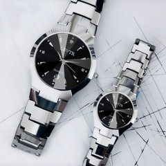 2019 Fashion Luxurious Watches Women Watch Waterproof Contracted Watch Male Couple Watches A Quartz Black plate men as picture