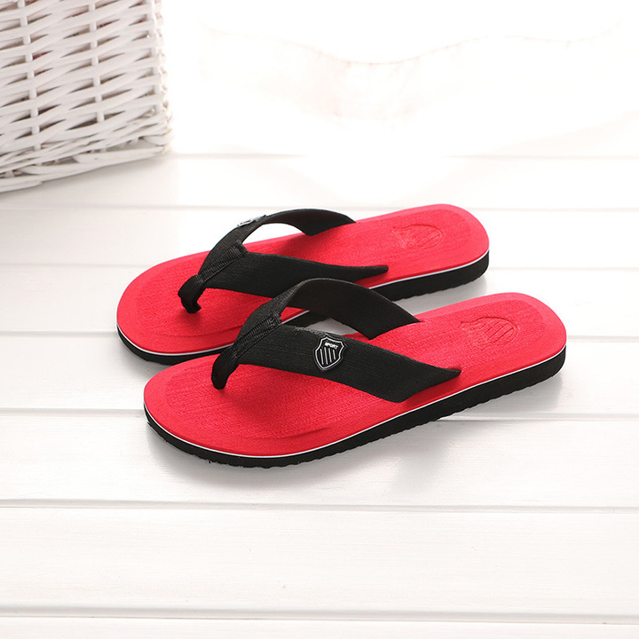 Shoes for men 2019 new non-slip Pure color flip-flops sandals sandals slippers red 40