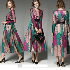 Women's vintage high grade spring jacquard dress with round neck and long sleeves s the picture