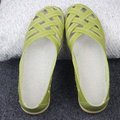 New mom hollowed-out shoes breathable holes women's casual doudou shoes Apple green 35