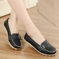 New cow tendon mom shoes shoes leather carving hole shoes flat heel flat flat white shoes women Black hollow out 35