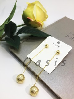 Oasis brand 1 pair copper plating 24K glod power ball beauty fashion Daily Earring drops for women golden one size