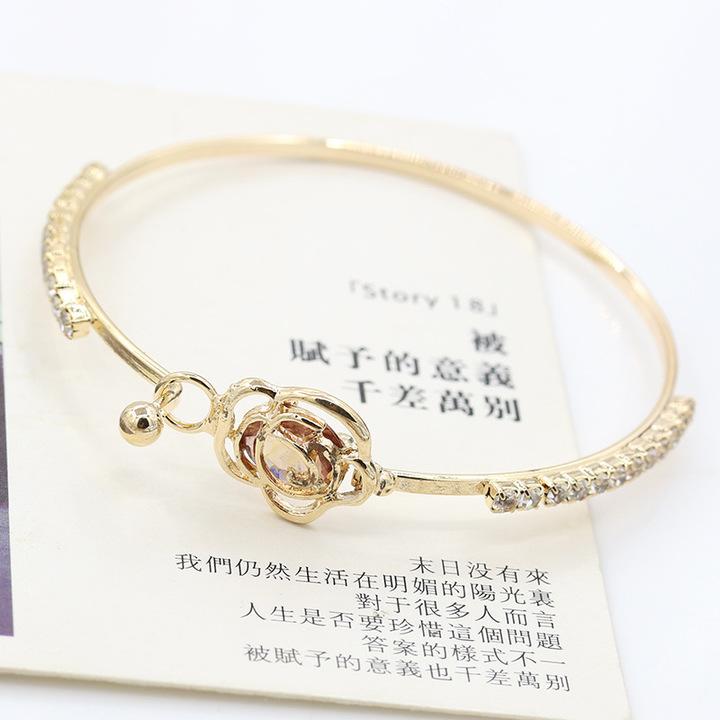 Oasis Brand Korean Rose Gold Hollow Out Bling Zircon Gilded Camellia Flower Bracelet For Women golden one size