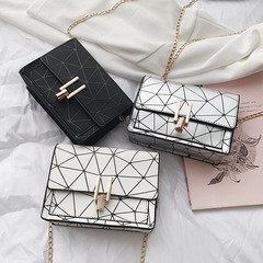 2019 Women Handbags For Ladies Fashion Small Diamond Pattern Chain Shoulder Bag black one size