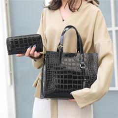 2019 ladies fashion one shoulder aslant briefcase black red wine red brown black 25*29*13