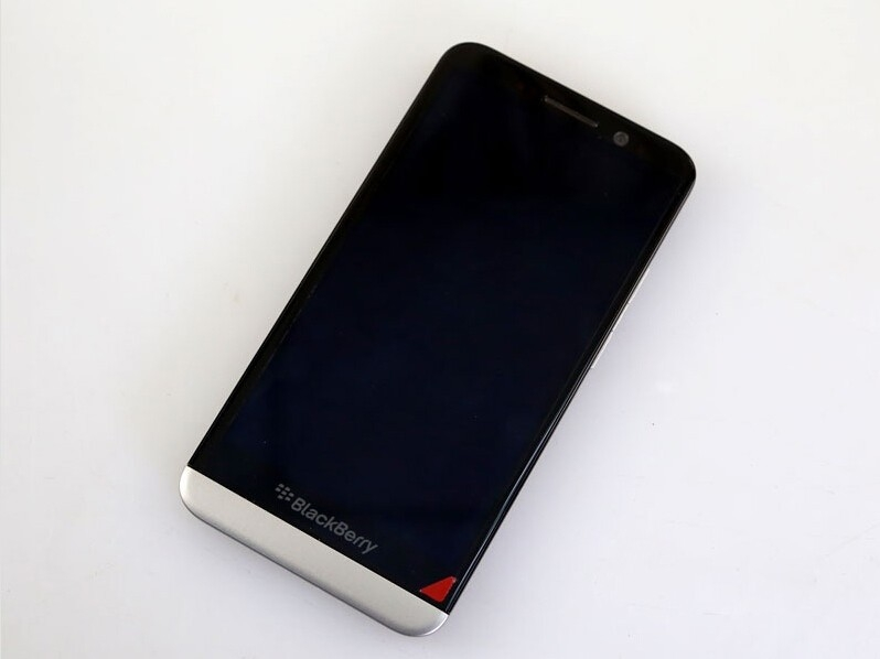 BlackBerry Original Z30 Phone Unlocked 8.0MP Camera 5.0inch Dual-Core 16GB black 5
