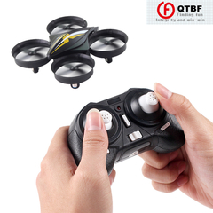 Mini-UAV Four-Axis Aircraft Remote Control Helicopter Children's Toy Outdoor Parent-Child Activities as pictures Mini drone-black