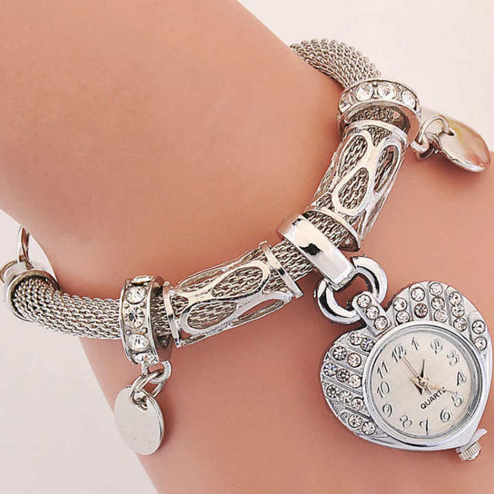 Fashion Lady's Bracelet Watch Gold Silver Peach Heart Bracelet Jewelry Button Watch Birthday Gift silvery one size