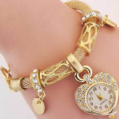 Fashion Lady's Bracelet Watch Gold Silver Peach Heart Bracelet Jewelry Button Watch Birthday Gift golden one size