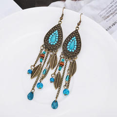 European and American fashion palace oval Leaf Pendant Earrings rice beads retro tassels Earrings green one size
