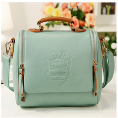 New Women's Bag British Crown Fashion Women's Bag Hand Bill Shoulder Slant Bag Retro Women's Bag mint green 25*13*21