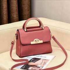 2019 new fashion ladies versatile handbag shoulder bag pink one size