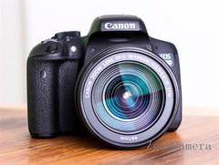 Refurbished Canon EOS 750D DSLR Camera with 18-135mm Lens Household Package 99% New