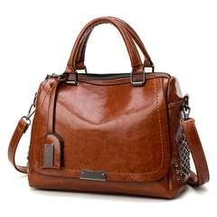 Retro tote bag with slant shoulder brown 28