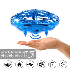 Suspension UFO Toys Gesture Sensor Smart Flying Saucer with LED Lights blue 15*15*8 cm