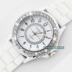 Fashion Women Silicone Watch Hot Casual Quartz Watch Ladies Wrist Watch1 white