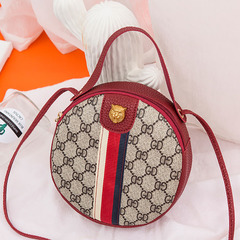 Stitching ribbon printing single shoulder bag oblique Bag personality Mini-Bag fashion handbag gules tuba