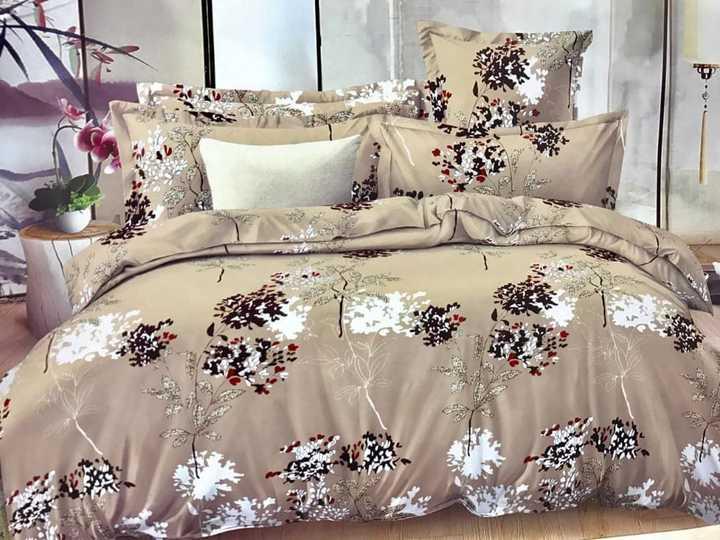 4 Pcs of Duvet Set ( 1 Duvet, 2 Pillow cases and 1 Bed-sheet ) Multicolour Multicolored 6*6