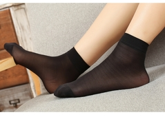3 Pairs Of Ladies'socks, Fashionable, Comfortable, Durable And Popular.Fabric0009 black one size