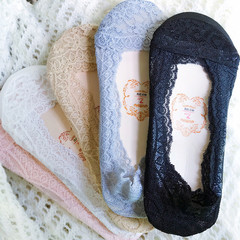1 Pairs Lace Cotton Socks Silicone sole Anti-skid Invisible No Show Ankle Socks Low Cut Short Socks Random Normal