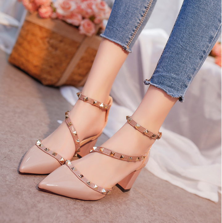 Pointed high heels thick with sandals rivets word buckle women's shoes hollow single shoes pink 35