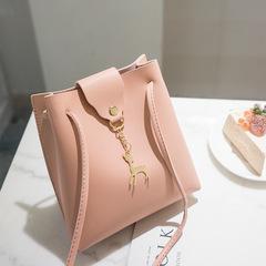2estfashion Women bag 2019 new casual deer pendant single shoulder Messenger bag bucket bag Pink One Size