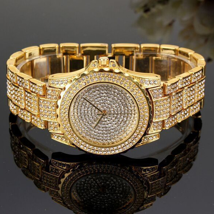 New Concentric Round Roman Scale Diamond Faced Steel Watch Ladies Fashion Quartz Watch Golden Rose gold one size