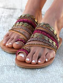 Hot rivet string beaded handmade bohemian flat-bottomed sandals women's shoes normal 35