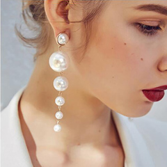 European and American long Pearl ear jewelry fashion chain earrings new alloy earrings female ladies normal normal