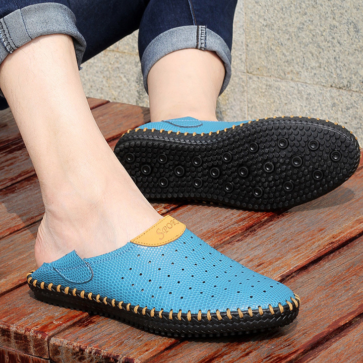 Made in China large size sandals men's leather hole shoes breathable men's shoes lazy shoes blue 38