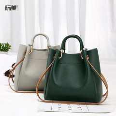 2019 New Women's bag Buckets and bags are simple and convenient Lady's slant  Single shoulder bag Grey a dimension