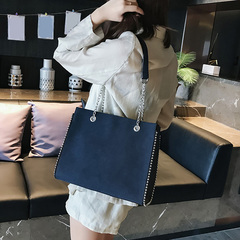 The new 2019 chain single shoulder bag designers rivet ms luxury inclined shoulder bag deep blue one size